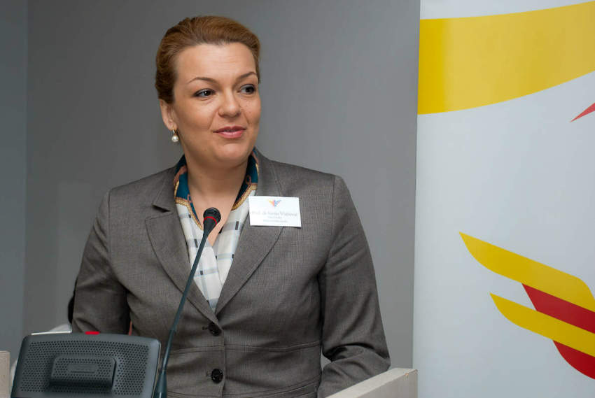 Business Breakfast with Minister of Science Sanja Vlahović