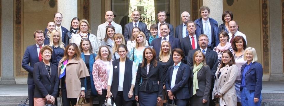 IMG_3520-Group-at-Milan-City-Hall1